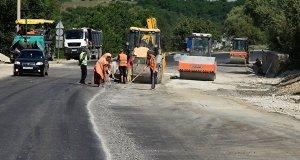 В этом году в Севастополе отремонтировали свыше 15 км дорог