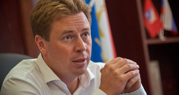 Губернатор Севастополя Дмитрий Овсянников поставил на место Заксобрание