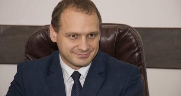 Глава администрации Феодосии Сергей Фомич поздравил горожан с Новым годом