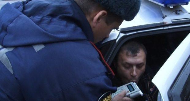 Не то крымские водители стали чаще пить за рулем, не то ГИБДД стала чаще их ловить