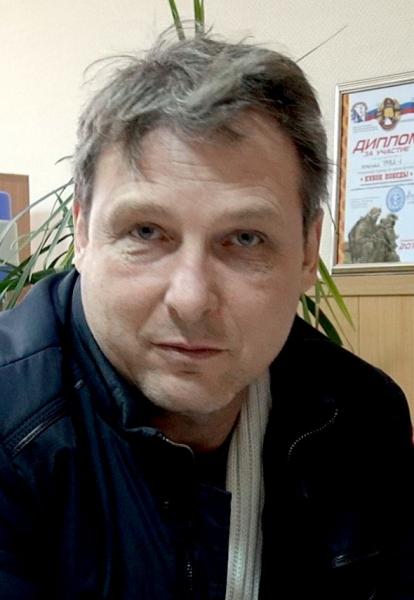 """Полиция Севастополя устанавливает пострадавших от рук афериста - """"наобманывал"""" горожан на 4 млн рублей"""