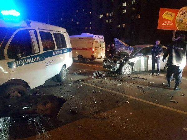 Вечер субботы в Крыму, 2 декабря: несколько серьёзных ДТП - машины в хлам