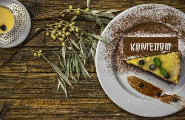 """Кафе """"Камелот"""" в Керчи – удачное сочетание роскоши, стиля и доступных цен!"""