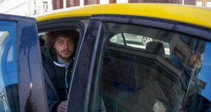 Из-за жадных симферопольских таксистов блогер Илья Варламов ополчился на крымскую власть
