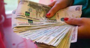 Две жительницы Севастополя поверили двум мужчинам из Ялты и... лишились денег