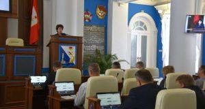 Депутаты Заксобрания Севастополя отказались от зарплат. Не все, но впечатляет