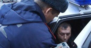 За минувшие сутки на дорогах Крыма сотрудники ГИБДД выявили 18 пьяных водителей