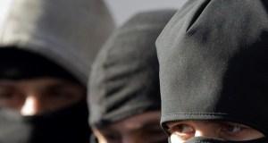 Ограбление в Севастополе: трое в масках напали на местного жителя и украли 3 млн рублей
