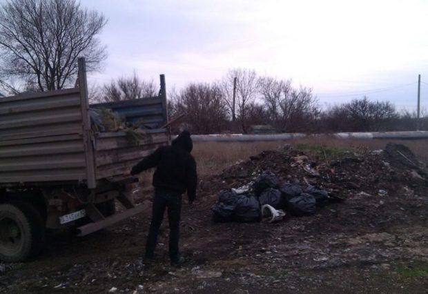 """В Керчи в рамках проекта """"Генеральная уборка"""" убрали ещё несколько свалок"""