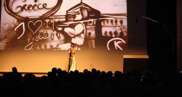 Крымчанка, мастер песочной анимации Ксения Симонова с успехом выступила в Афинах