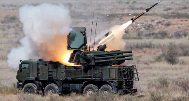 Расчёт зенитного ракетно-пушечного комплекса «Панцирь» провел стрельбы в Крыму
