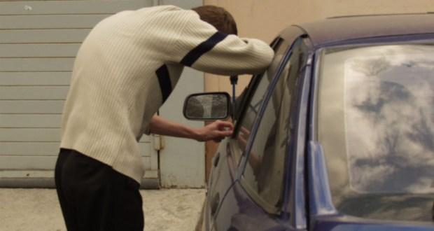 16-летний подросток «бомбил тачки» в Симферополе