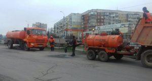 """Каждый день в Симферополе """"латают"""" две тысячи кв.м. дорог"""
