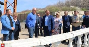 Крымский вице-премьер Виталий Нахлупин шокирован самостроями в курортной Николаевке