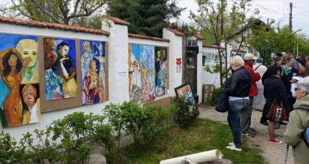 """6 мая в Коктебеле - """"ПОДЗАБОРНАЯ"""" выставка"""