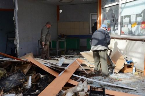 В Ялте продолжили снос торгового павильона. Продолжили спустя 3 года