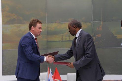 Севастополь налаживает связи с Африкой