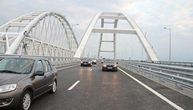 Крымский мост открыт: за первый час - первая тысяча машин. Впечатления