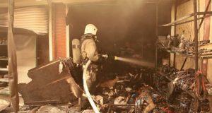 Ночью в Щёлкино сгорели несколько торговых павильонов