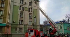 А город подумал: «учения идут». И не ошибся: в Керчи «тушили пожар» в жилом доме