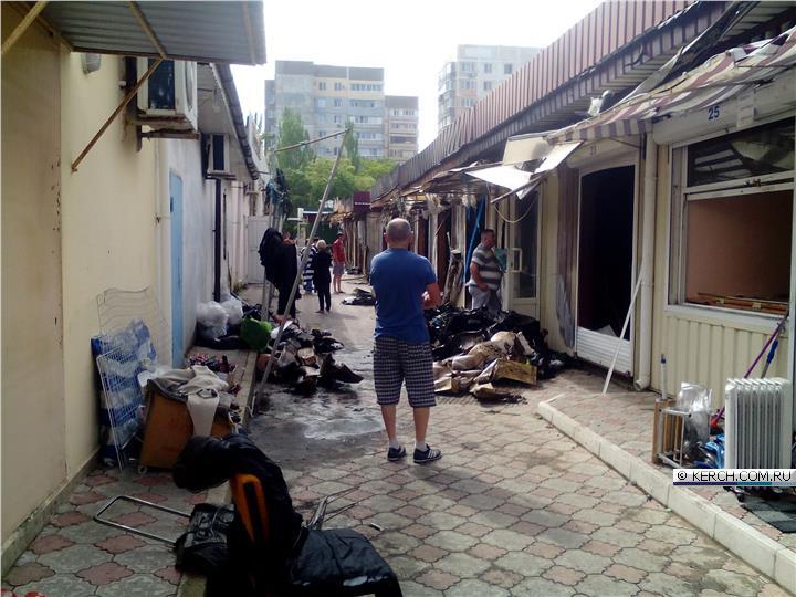 Итог сильнейшего пожара на центральном рынке Щёлкино глазами очевидца