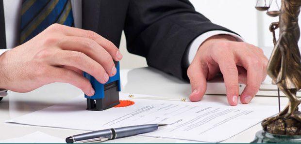 Закон разрешил проводить расчеты по сделкам через нотариуса