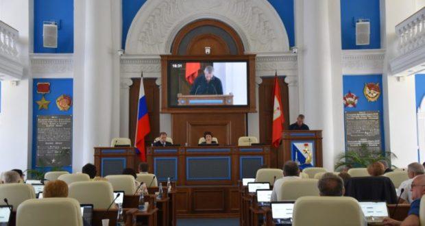Хроника противостояния правительства и Заксобрания Севастополя. Принят Закон «О критериях»