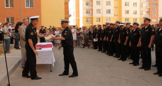 До конца 2018 года почти 200 семей военнослужащих получат жилье в Севастополе