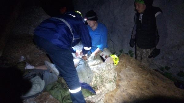 В Крыму, со скалы «Шаан-Кая», сорвался мужчина