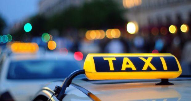 Роскомнадзор может начать блокировку приложений агрегаторов такси