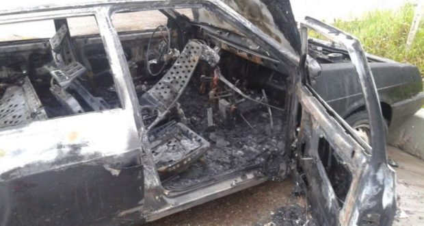 В Крыму сгорел очередной автомобиль. На этот раз в Ялте