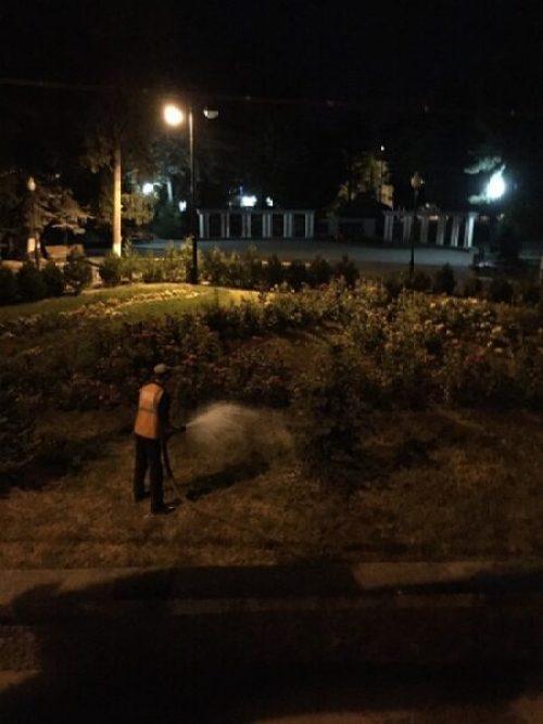 Власти Симферополя рапортуют - город содержат в чистоте