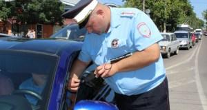 В Симферополе инспекторы ГИБДД провели профилактическое мероприятие «Тонировка»