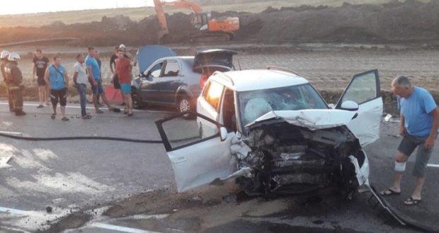 Полиция проводит проверку по факту смертельного ДТП на дороге «Керчь – Феодосия»