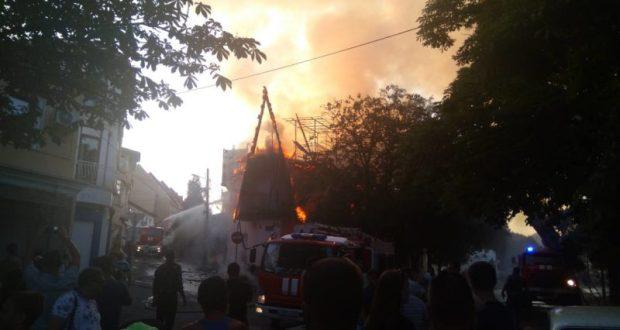 Подробности пожара в Алуште от крымского МЧС