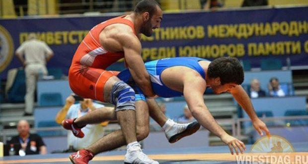 Борец Азамат Сеитов из Алушты - победитель международного турнира, прошедшего в Дагестане