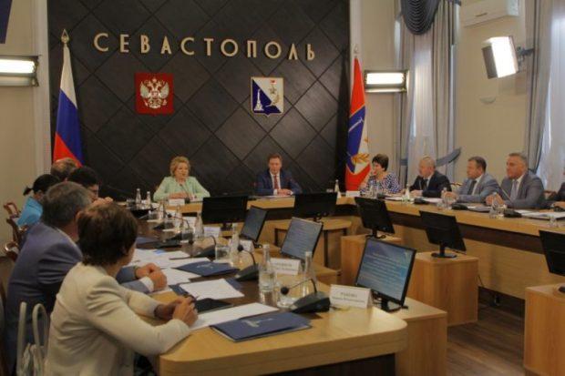 Миссия невыполнима. Можно ли, в принципе, «помирить» ветви власти в Севастополе