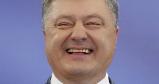 Порошенко радуется персональным санкциям против строителей Крымского моста