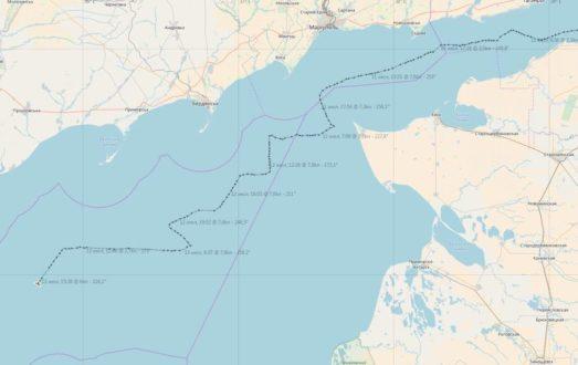 Украинские «патриоты» в шоке: российские сейнеры безнаказанно ловят рыбу в Азовском море