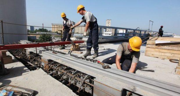 На строительстве школы в Феодосии «ударно трудились» гастарбайтеры-нелегалы