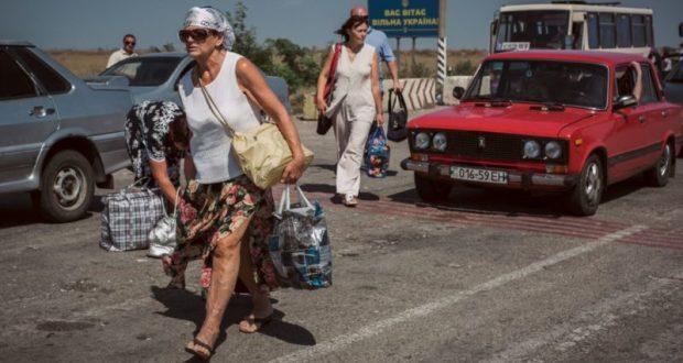 Как бы не шельмовали Крым и крымчан в Киеве, а граждане Украины на полуостров едут тысячами