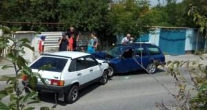Смертельное ДТП в Симферополе. Столкнулись два ВАЗа