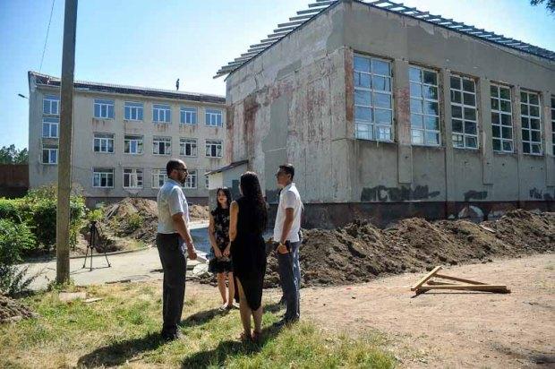 Человеческие останки, найденные на территории школы в Симферополе, перезахоронят