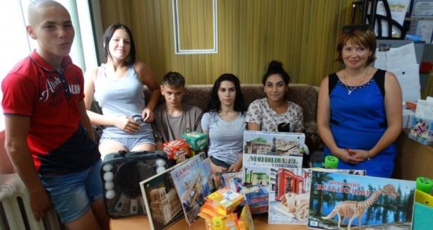 Нотариальная палата Севастополя сделала подарки воспитанникам Центра помощи детям «Наш дом»
