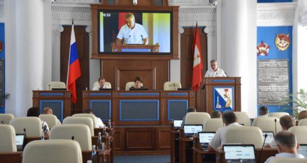 Внеочередная сессия Заксобрания Севастополя. Депутаты не поддержали изменения в городской бюджет