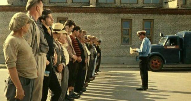 """В Севастополе будут """"исправлять"""" алкоголиков, хулиганов и тунеядцев. Ссылаются на Чарльза Дарвина"""