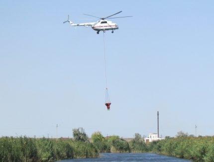 В Крыму снова поднимали в воздух вертолёт МЧС. Тушили пожар в районе с. Армейское