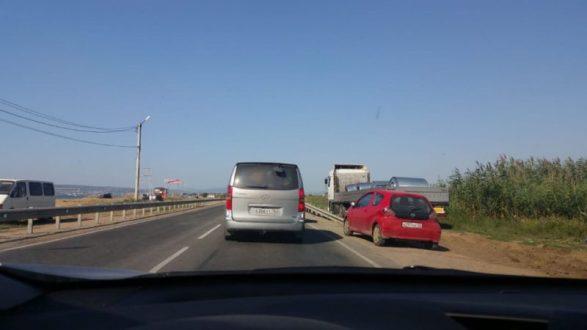 На участке трассы «Симферополь - Керчь» стало меньше пробок? Проверяем на личном опыте