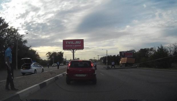 Под Севастополем, на Евпаторийской трассе «столпобад». Два дня подряд