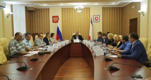 Муниципальные унитарные предприятия Крыма должны работать лучше. Как именно, объяснил Аксёнов